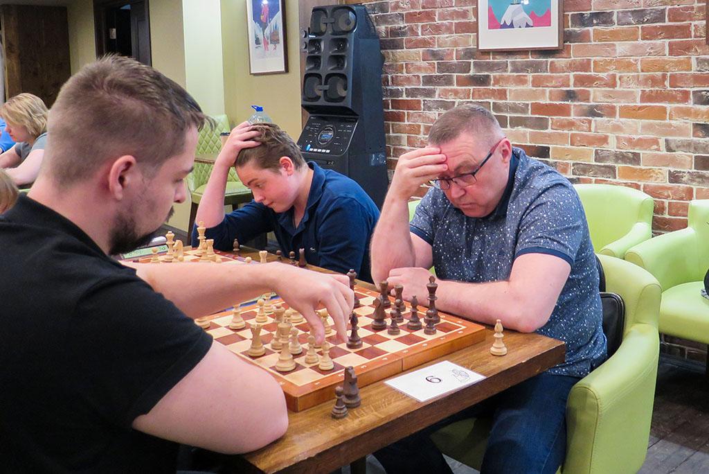 Виктор Тахиров Шахматист